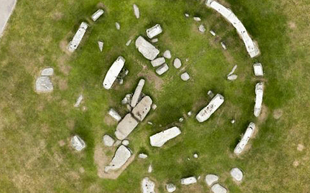 New evidence suggests Stonehenge was once a complete circle